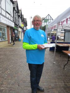 Mike, Saltscape Volunteer helps visitors to Northwich Town Centre